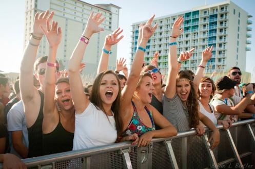 Fans at DeLuna Fest